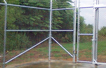 Chain Link Fence Bracing