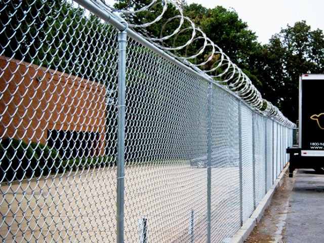 Commercial Chain Link Fence Barbed Wire Razor Wire